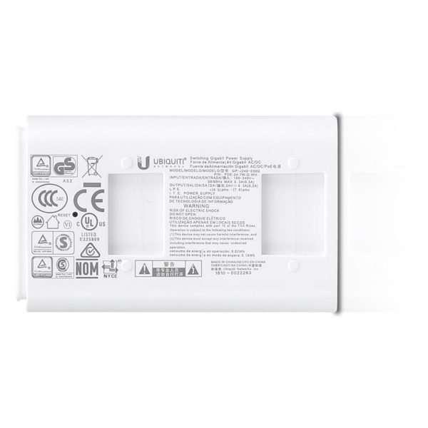 Ubiquiti 24V 0,3AMP 7W con puerto Gigabit. Incluye unidad PoE blanco y Power Cord.