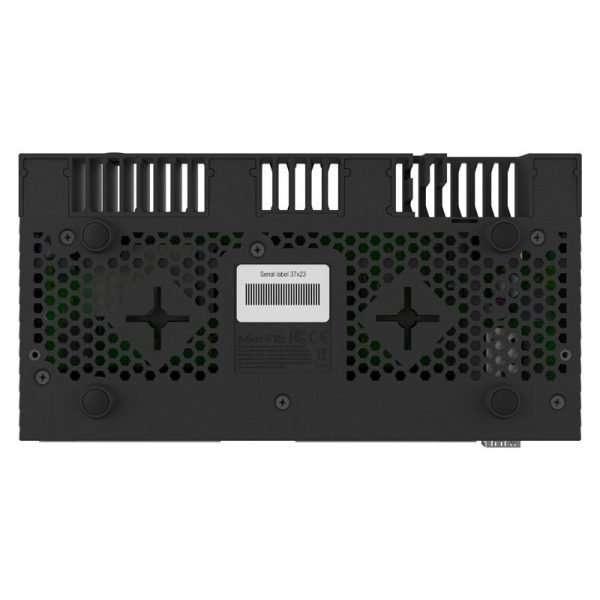 Mikrotik RouterBOARD RB4011iGS+RM con CPU QuadCore 1.4GHz, 1GB de RAM y 10 puertos Gigabit. Formato rackeable con puerto SFP+ y RouterOS Lv5.