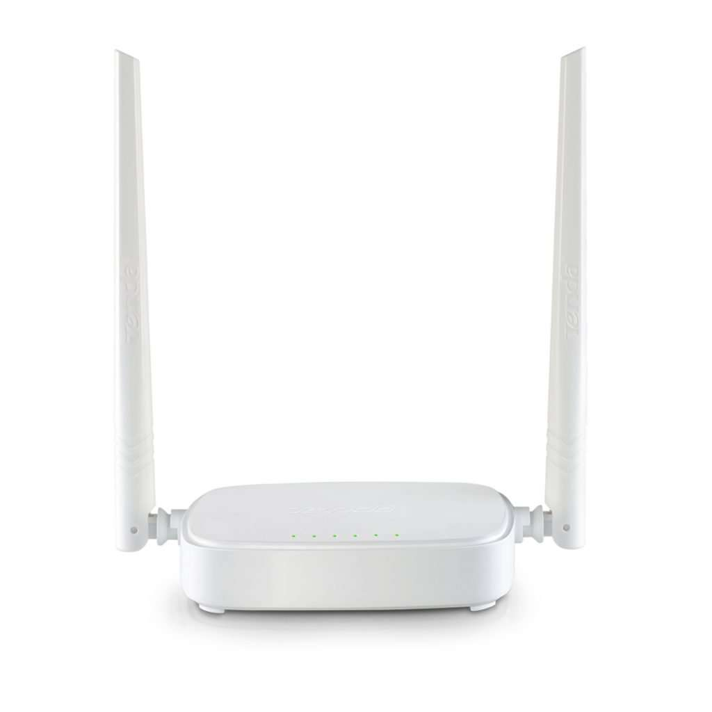 Router wifi con doble antena color blanco