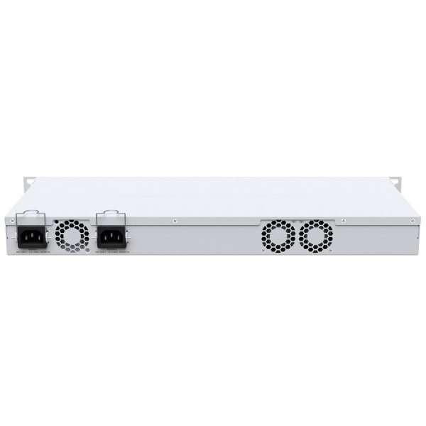 router board plata en fondo blanco
