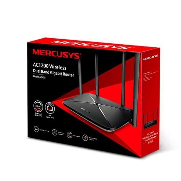 Mercusys AC12G Router Wireless AC 1200Mbps con cuatro Antenas Omnidireccionales Fijas de 5dBi en 2.4GHz y 5GHz simultáneo y puertos gigabit, diseñado para interiores.
