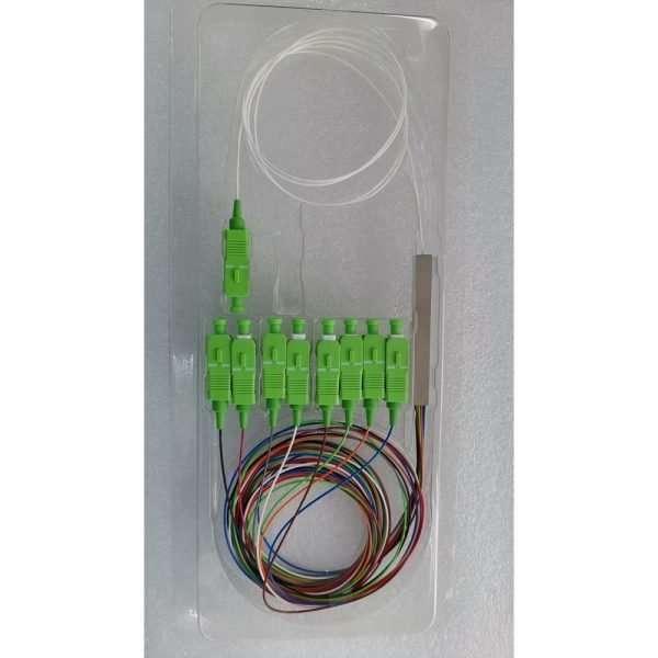 Foto de la presentación en blister plástico transparente de un cable splitter de Fibra Optica de 8 hilos
