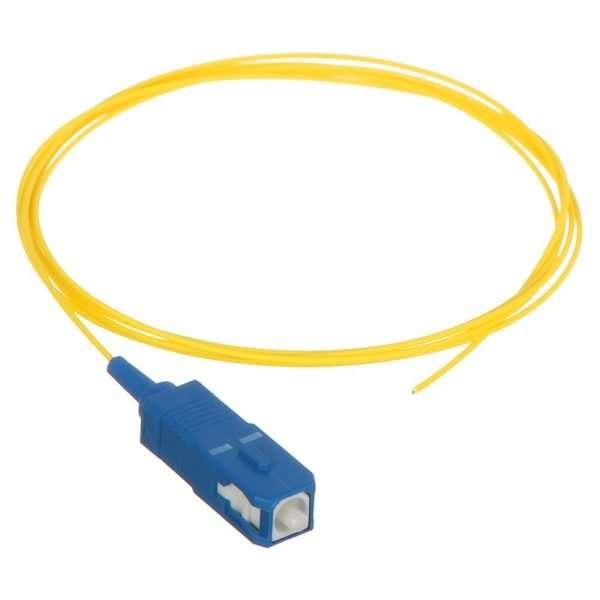 Connection CPG-1101 pigtail de Fibra Optica SM SC/UPC de 1 metro con diametro 0,9mm para fusionar dentro de roseta infraestructura FTTH GPON en las premisas del cliente.