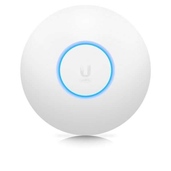 El Ubiquiti U6-LITE es un AP UniFi de Ubiquiti con tecnología WIFI 6 protocolo 802.3ax el nuevo protocolo para despliegues con alta densidad de clientes WiFi6. Fácil instalación, mayor alcance, ideal para interiores.